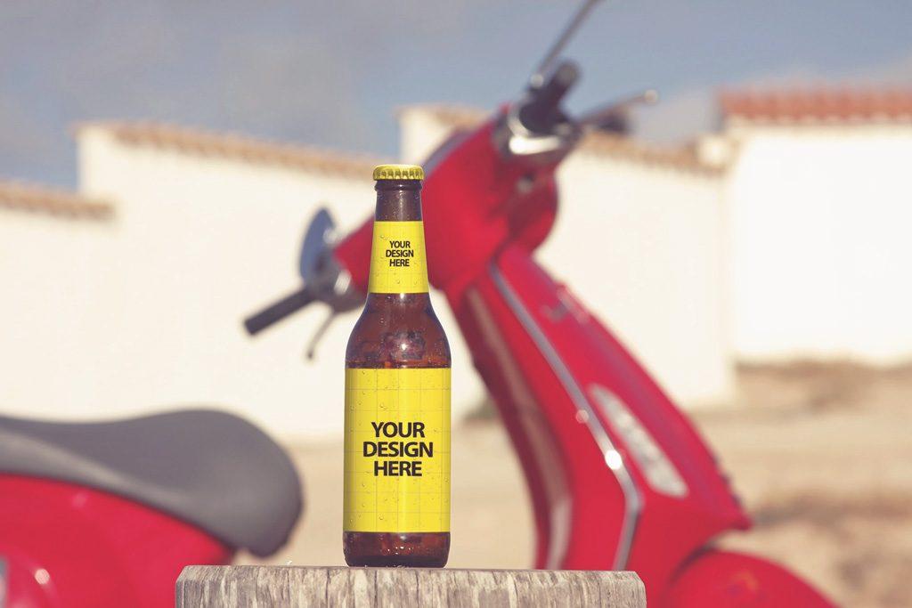Мокап бутылки пива. beer bottle mockup