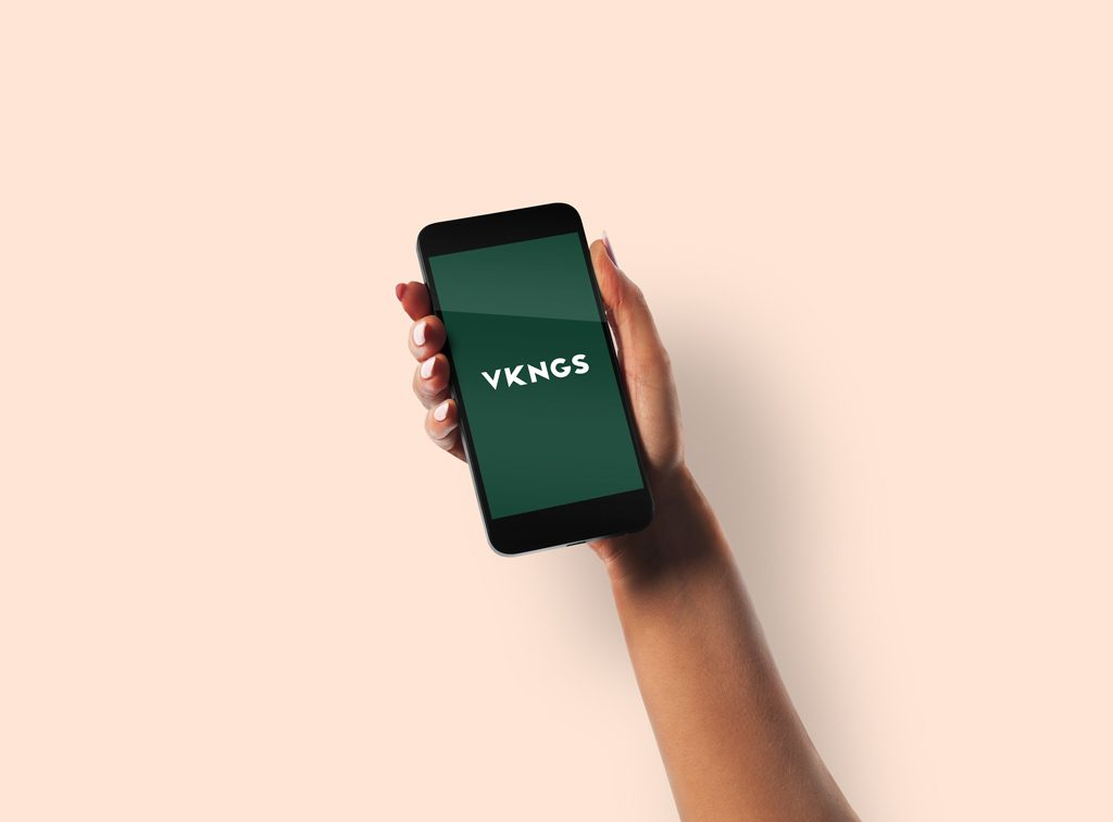 Mockup iPhone в руке