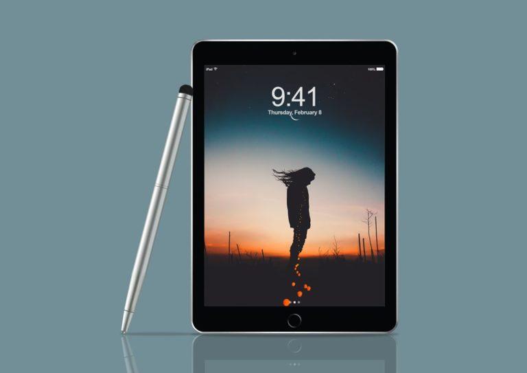 Мокап iPad Pro со стилусом