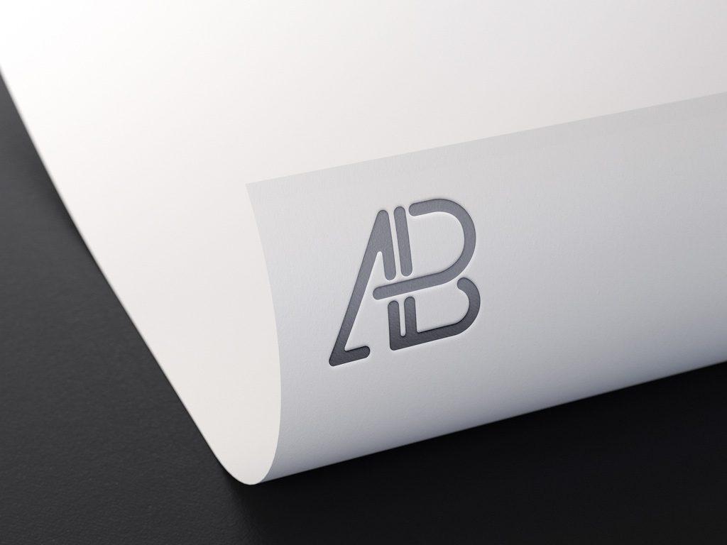 Мокап тисненого логотипа
