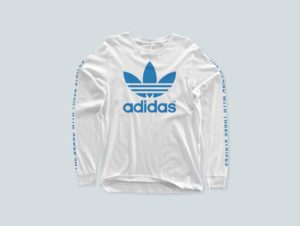 PSD мокап лонгслив. t-shirt mockup