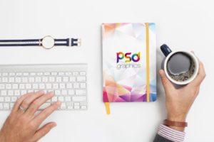 PSD mockup блокнота. notebook on desk mockup