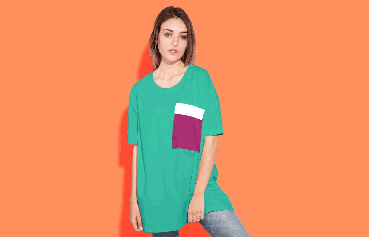 Мокап футболки. women oversized t-shirt mockup