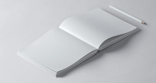 Мокап открытой квадратной книги